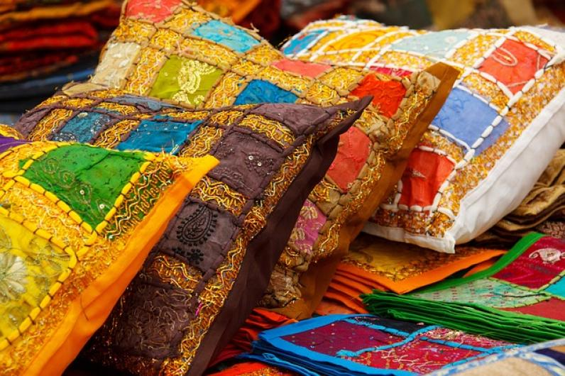 the importance of translation in the textile industry